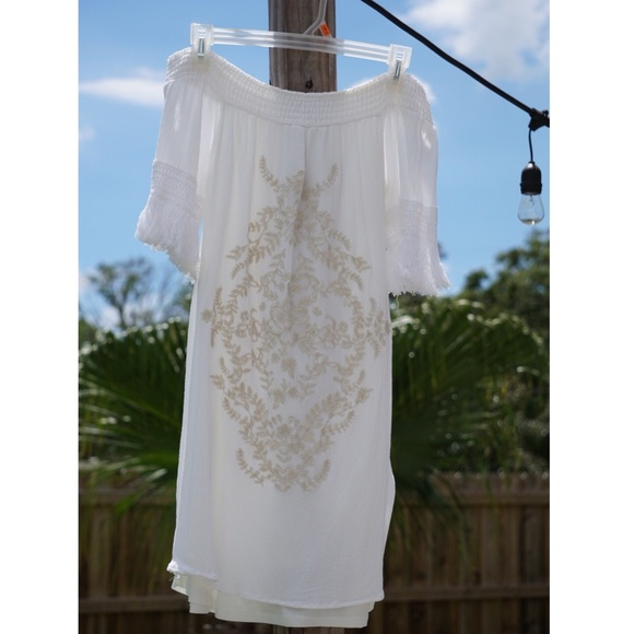 Xhilaration Dresses & Skirts - Xhilaration White Off the Shoulder Dress